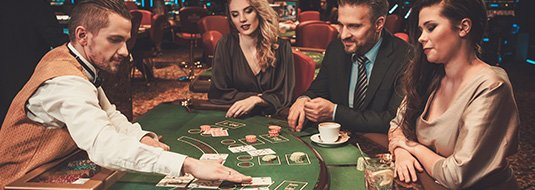 turnee-de-sloturi-ruleta-sau-blackjack