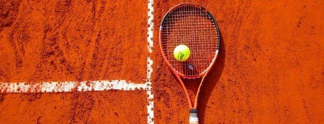 casa pariurilor tenis